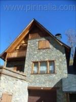 Salardu aranes house, house 11