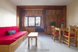 By the ski slopes studio 2-4 people Pas de la Casa LP