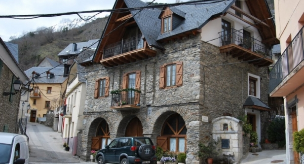 Gausach | Apartments for rent in Gausach, Baqueira